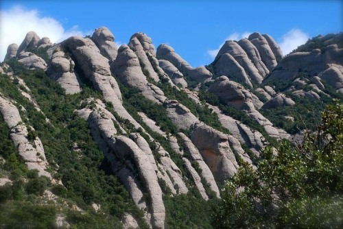 The 1200 m Montserrat mountains in Catalonia, NE Spain (credit: Xavier Varela)